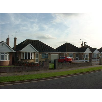 Detached bungalows built between 1950 and 1967 that are set in large plots with large gardens, reflecting some of the ideals of the Garden Suburb Movement