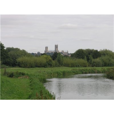 Although the river is a green corridor with a rural character, views on to the Cathedral are a frequent reminder of the Character Area's proximity to the city centre